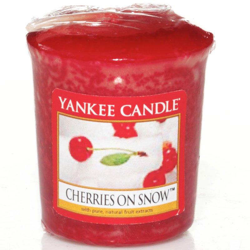 yankee candle cherries on snow votivkerze kaufen. Black Bedroom Furniture Sets. Home Design Ideas