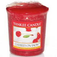 Yankee Candle Duftkerze Cherries on Snow - Votivkerze