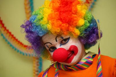 CLOWNPARTY – Mama macht sich zum Clown!