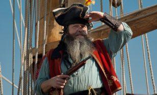 GRUSELIGE SCHLEMMERSCHLACHT: Piratenfest für die Großen