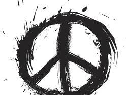 WOODSTOCK-PARTY: Fokus aufs Festival beim FLOWER-POWER-MOTTO