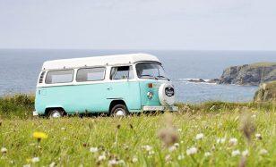 Mit dem VW-Bus auf Reisen gehen – deine VW-Bus-Mottoparty
