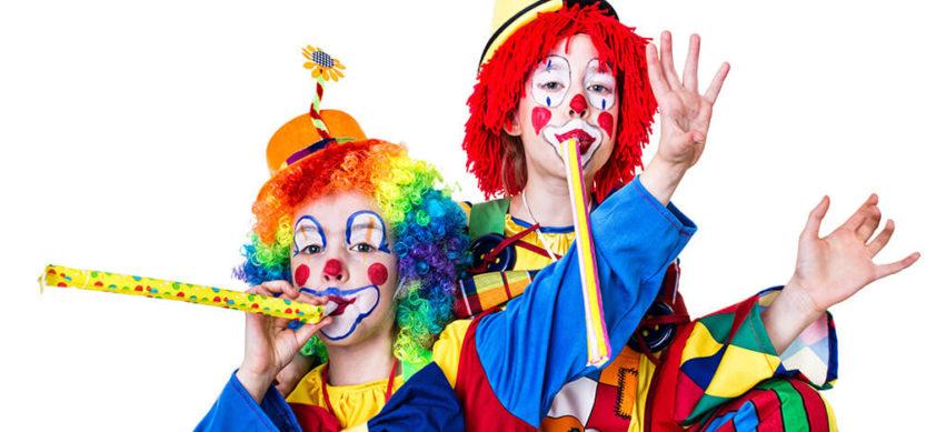 Zirkus  gib Acht – die Clowns kommen!