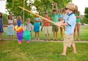 Kinderspiele zum Nachbarschaftsfest
