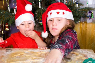 Weihnachtsplaetzchen backen
