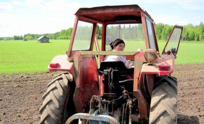 Resi  i hol di mit mei´m Traktor ab…