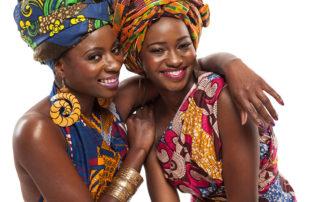 zwei schöne afrikanische Frauen