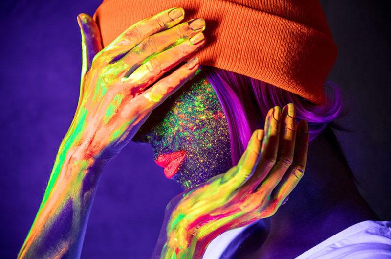 UV-Körperfarbe