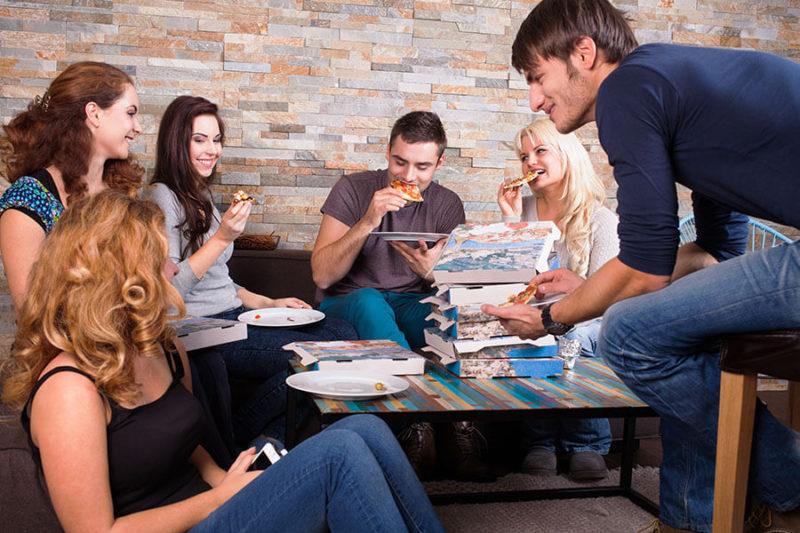 Party Ideen Spieleabend mit Freunden