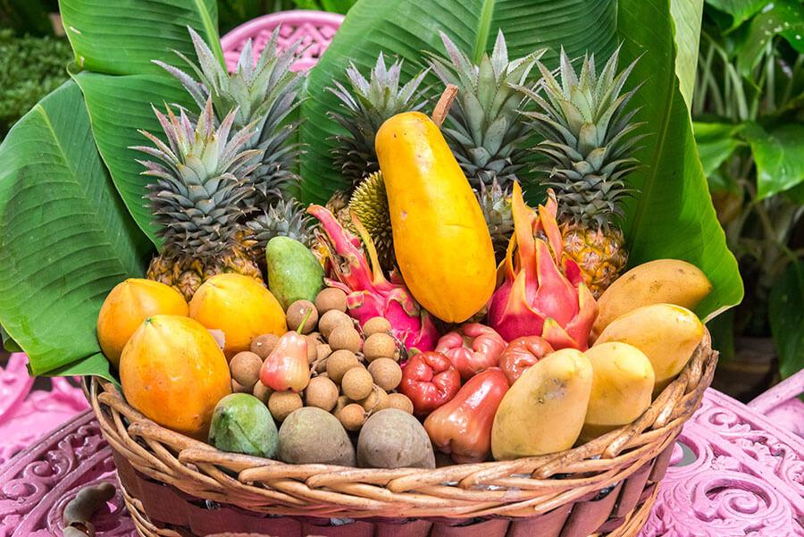 exotischer Früchtekorb
