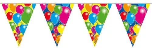Wimpelkette mit bunten Ballons
