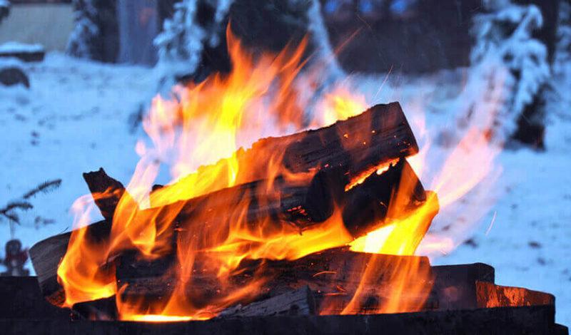 Feuerschale im Winter