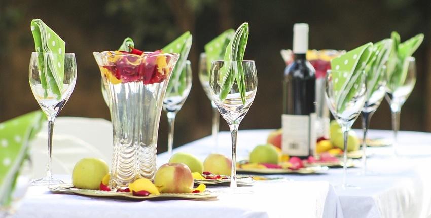 Tischdekoration günstig kreieren: Kreatives für jede Jahreszeit
