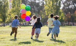 Outdoor-Spiele für Kinder und Erwachsene – diese großartigen Hits kennst du noch nicht!