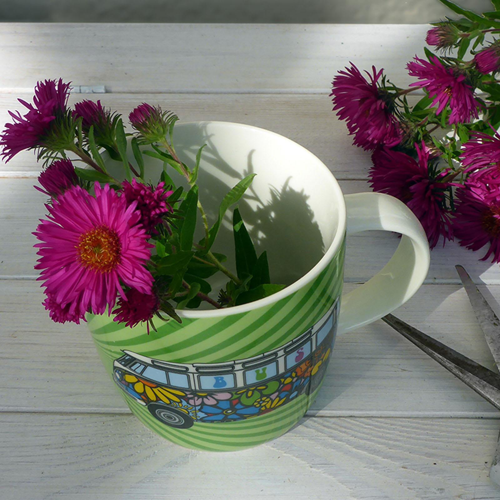 vw bulli tasse love bus flower power partydeko. Black Bedroom Furniture Sets. Home Design Ideas