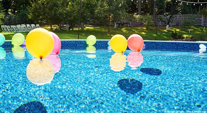 Klamotten poolparty 50 Pool